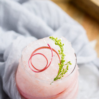 RHUBARB COCKTAIL: VELVET SNOW